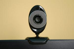 Durch die Video-Identifizierung kann der komplette Kreditantrag online durchgeführt werden.