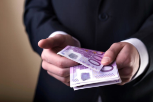 privatkredit-geld-leihen-vo